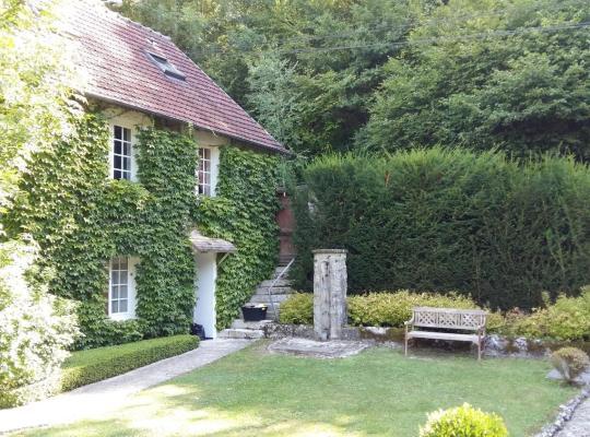 Ảnh khách sạn: Maison d'hotes Les Jardins du Val