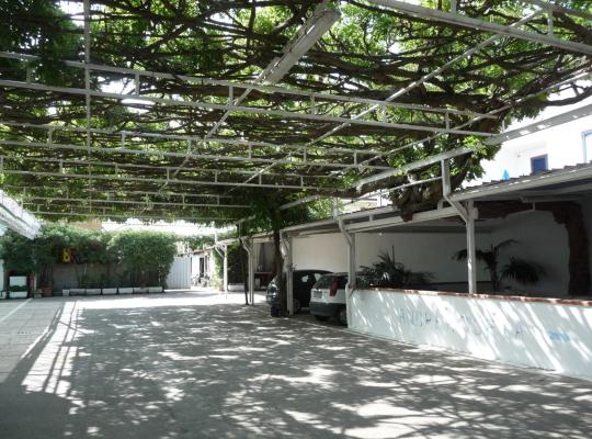 รูปภาพจากโรงแรม: Meublè Andrea Doria