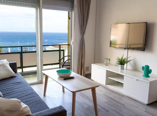Hotel fotografií: Cosy apartment sea view and relax