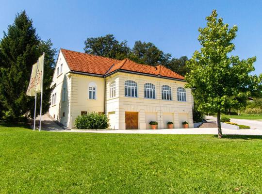 Otel fotoğrafları: Villa Istenič