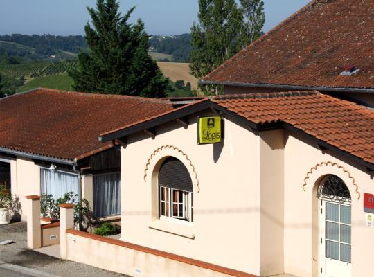 Otel fotoğrafları: Logis des Crêtes de Pignols