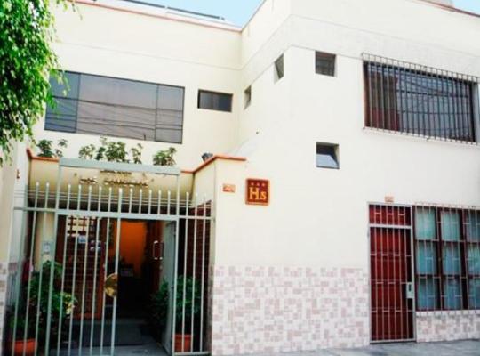 Хотел снимки: Hostal Las Camelias