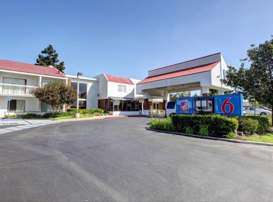 Hotel photos: Motel 6 Irvine - Orange County Airport