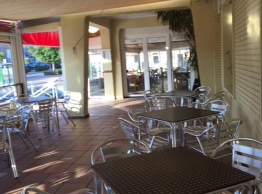 Fotos do Hotel: Hostal Venta Del Sol