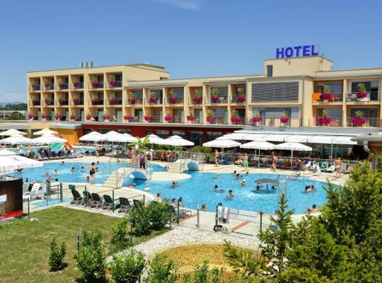Viesnīcas bildes: Spa & Wellness Hotel Paradiso Superior