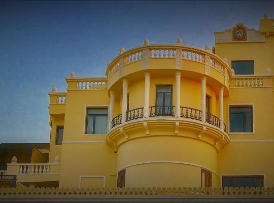 Viesnīcas bildes: Ratnawali – A Vegetarian Heritage Hotel