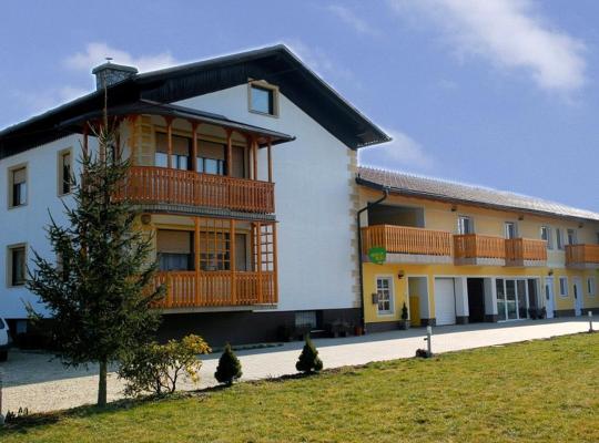 Хотел снимки: Tourist Farm Šalamun