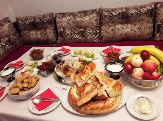酒店照片: RAHAT Hostel in Toktogul