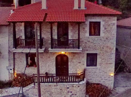 Φωτογραφίες του ξενοδοχείου: Thea Valtessinikou