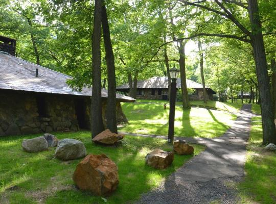 Hotel bilder: Overlook Lodge at Bear Mountain