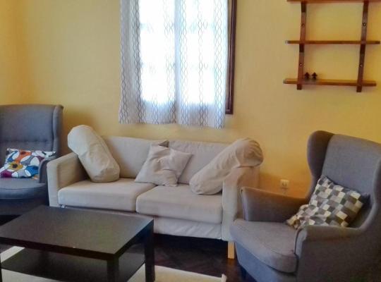 Hotel photos: Marien Ngouabi Serviced T2 House