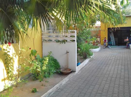 Hotel photos: Marien Ngouabi Serviced T0 Chalet