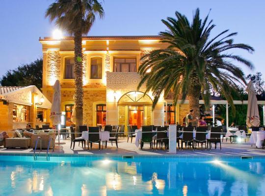 Hotel fotografií: Grecian Castle Chios