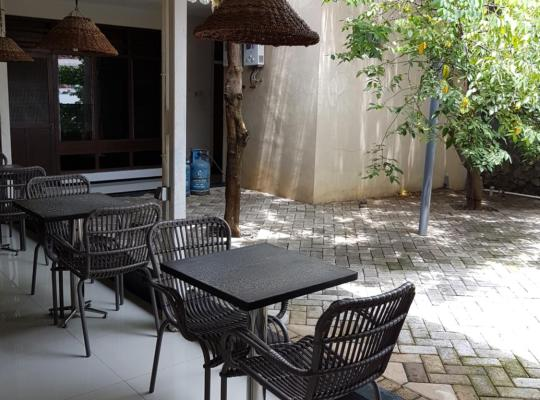 Photos de l'hôtel: Krowi inn