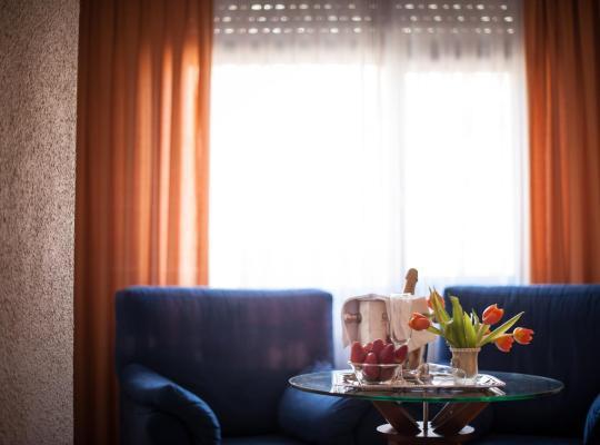 Hotel foto 's: Hotel Unzaga Plaza