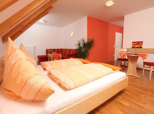Hotel photos: Gasthof-Pension Brauner Hirsch in Alfeld - Mittelfranken