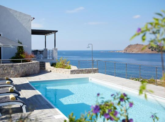 Hotelfotos: Eleia Seafront Villas