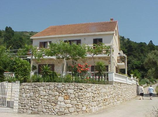 Hotel photos: Villa Pincevic