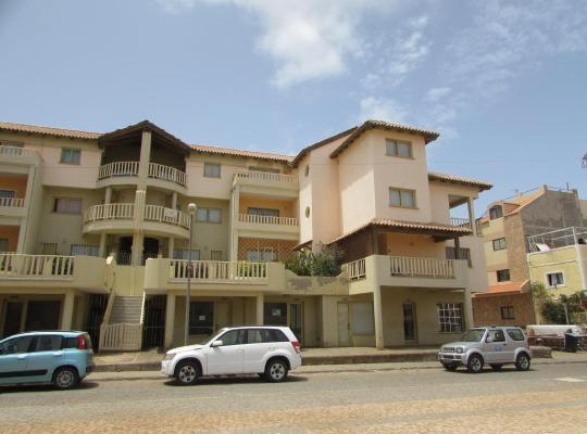 Φωτογραφίες του ξενοδοχείου: Apartment Coqueiro
