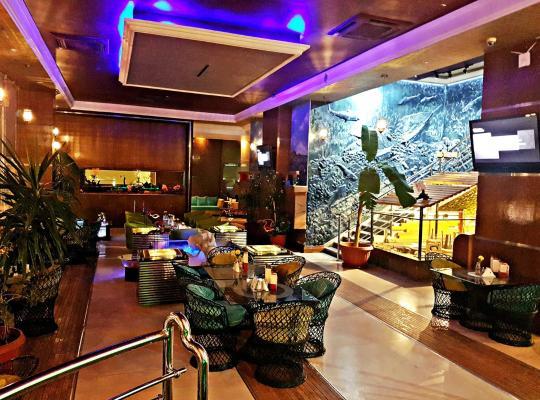 होटल तस्वीरें: Aquarium Hotel