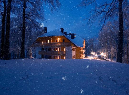 Foto dell'hotel: Aparthotel Snjezna Kraljica