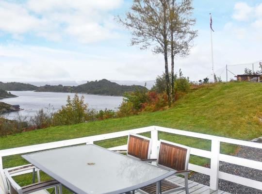 Hotel bilder: Holiday Home Klokkarvik