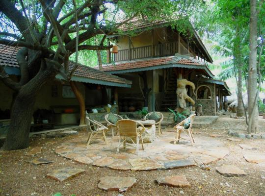 酒店照片: Gem River Edge - Eco home and Safari
