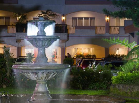 酒店照片: Tagaytay Country Hotel