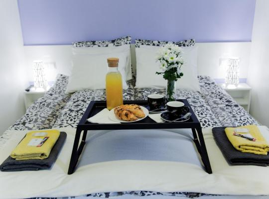 होटल तस्वीरें: Hotellux B&B