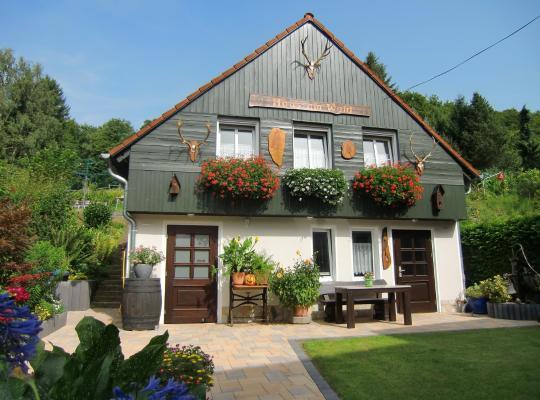 Photos de l'hôtel: Ferienhaus Haus am Wald