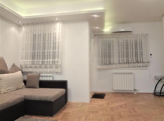 תמונות מלון: New stylish apartment for 4