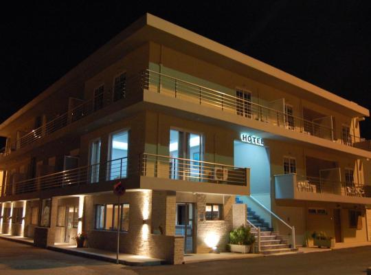 ホテルの写真: Hotel Antirrio