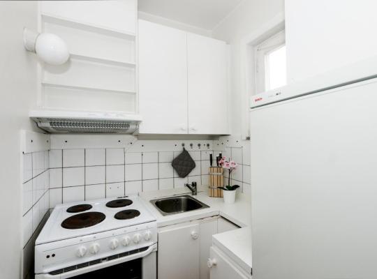 Hotel photos: Studio apartment in Norrköping, Norralundsgatan 15 B , 1203 (ID 10142)