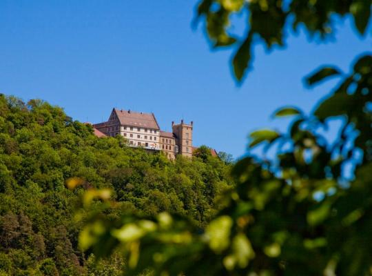 Hotel photos: Schloss Weitenburg