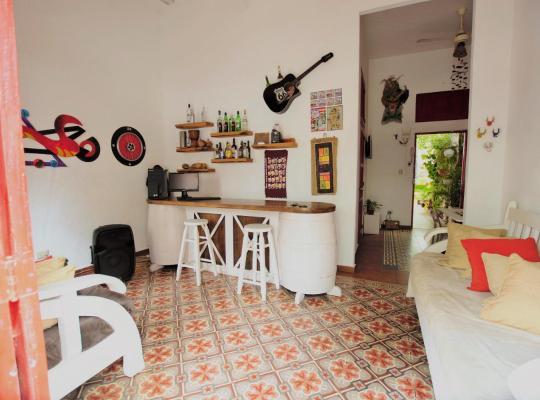 Fotos de Hotel: La Puerta Roja Guess House