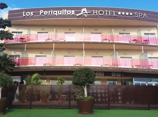 ホテルの写真: Complejo Hostelero Los Periquitos