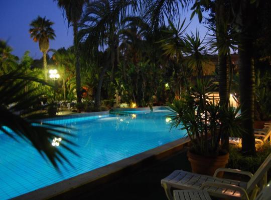 Fotos do Hotel: Garden Hotel