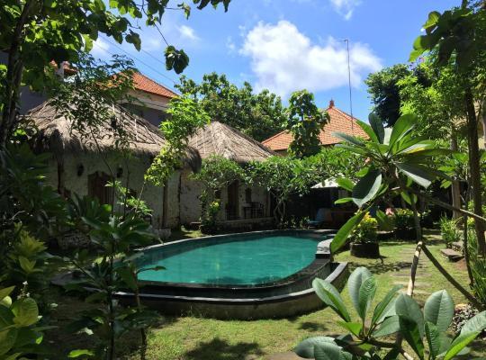 Fotos de Hotel: Satria Bungalow