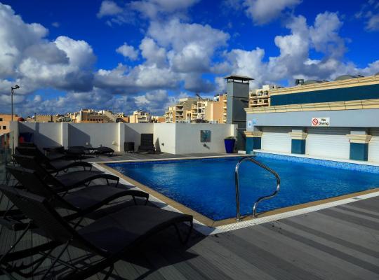 ホテルの写真: Labranda Rocca Nettuno Suites