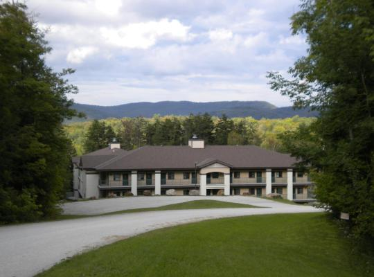Foto dell'hotel: Hillside Inn