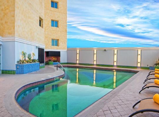 Hotelfotos: Grand Regal Hotel