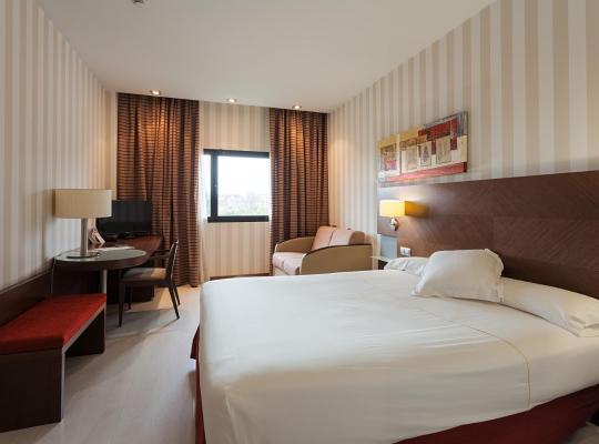 Хотел снимки: Hotel Las Artes