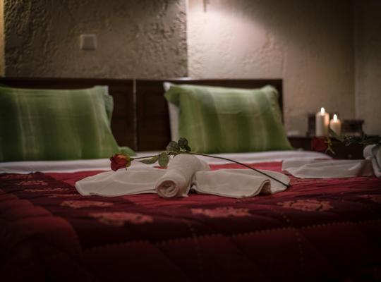 Otel fotoğrafları: Mesostrati Guesthouse