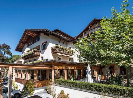 Képek: Hotel Restaurant Pacher