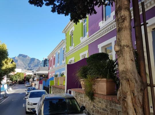 Hotel bilder: Purple House