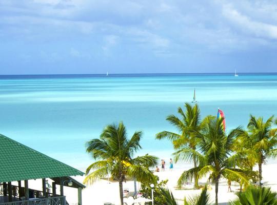 รูปภาพจากโรงแรม: Starfish Jolly Beach Resort - All Inclusive
