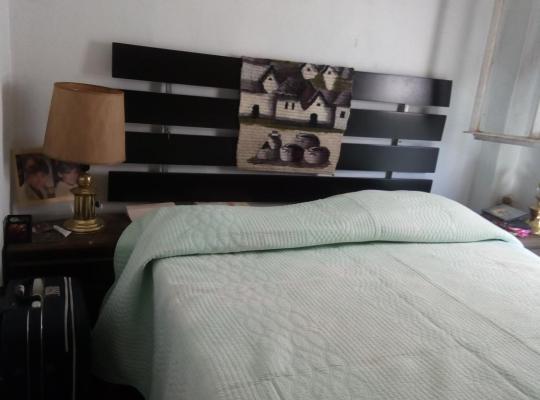 Otel fotoğrafları: Habitacion en Bilbao