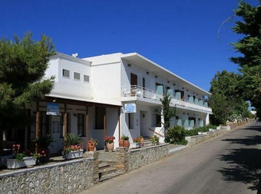 תמונות מלון: Artemon Hotel