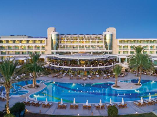 Hotel photos: Constantinou Bros Athena Beach Hotel