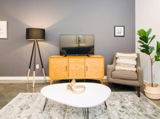 Fotos de Hotel: Spacious 1Bdrm Apartment in the Heart of Memphis
